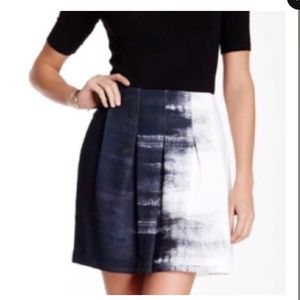 Vince brand new skirt size 10
